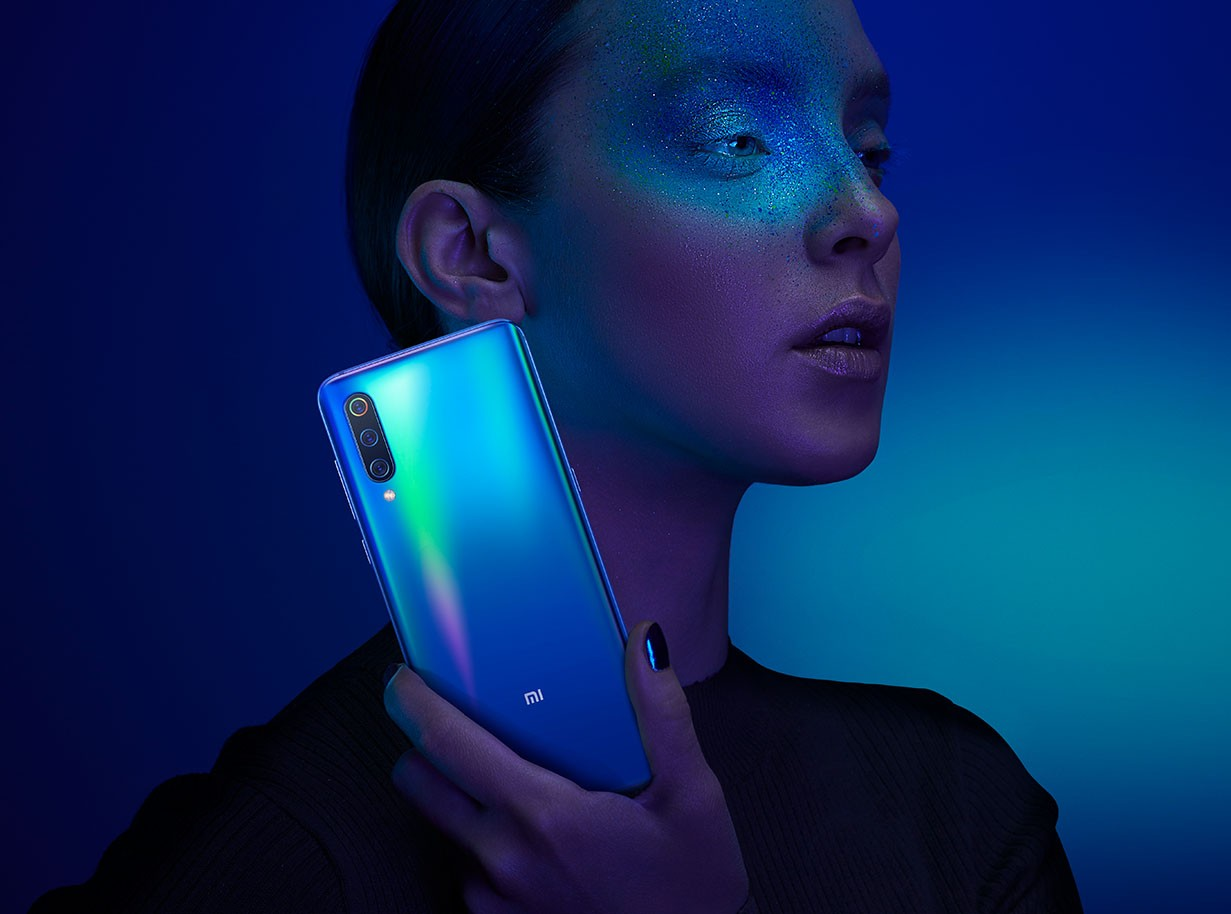 Смартфон Xiaomi Mi9 6/64 Global Version 18