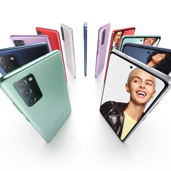 Смартфон Samsung Galaxy S20FE 1
